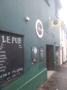 Le Pub is about 60 seconds from the train station. Go there. Lots.