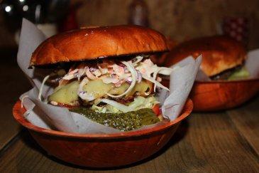 Sawdust burger2